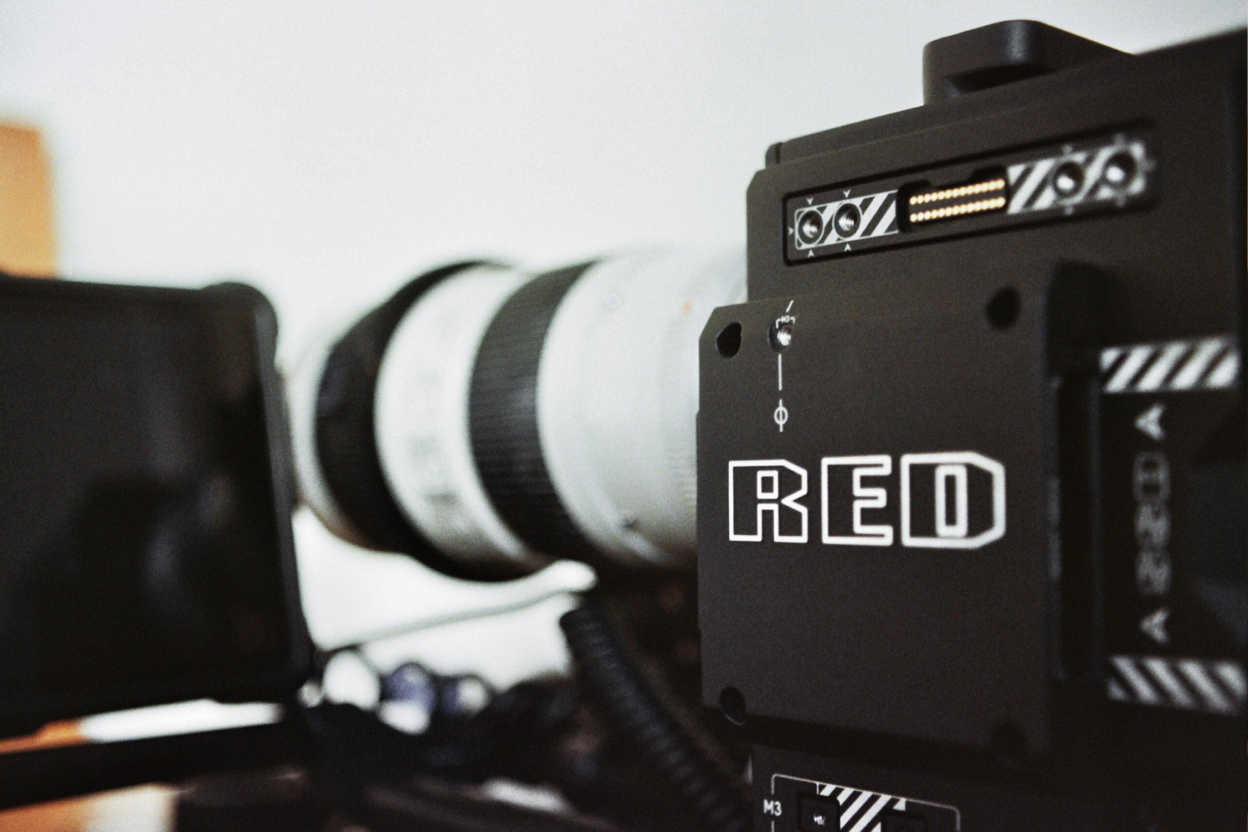 Die neue URBAN & UNCUT Kamera RED GEMINI 5K S35 Sensor.