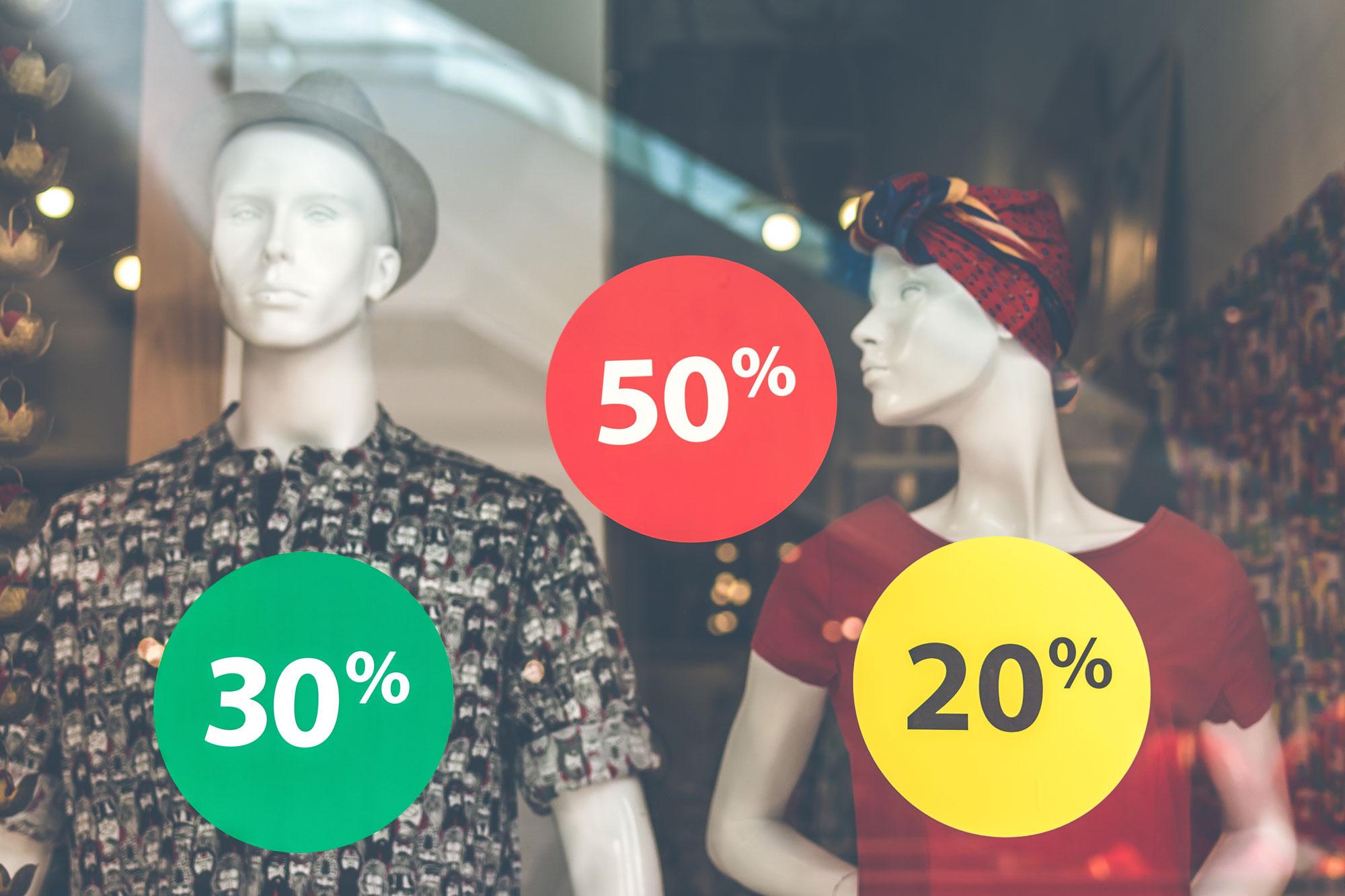 Bild zeigt vergünstigte Angebote/Rabatte auf Schaufenster