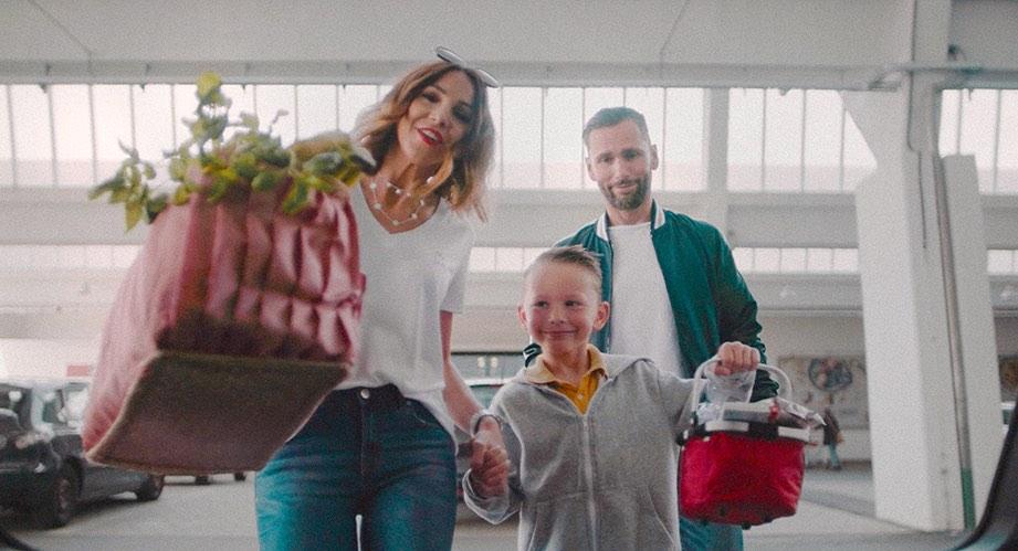Porsche Macan Werbefilm Filmproduktion in Augsburg mit Tanja Cruz