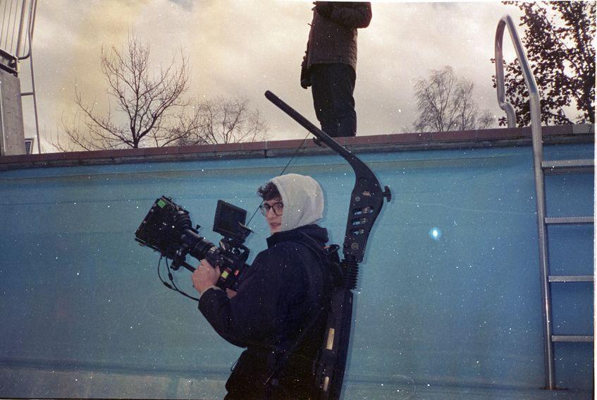 ERRDEKA Musikvideo Allein pt. II Filmproduktion in Augsburg Location verlassenes Freibad