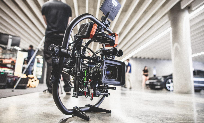 Porsche Werbefilm Filmproduktion in Stuttgart Zeiss Supreme Prime Radiance und Cinebug im Gimbal