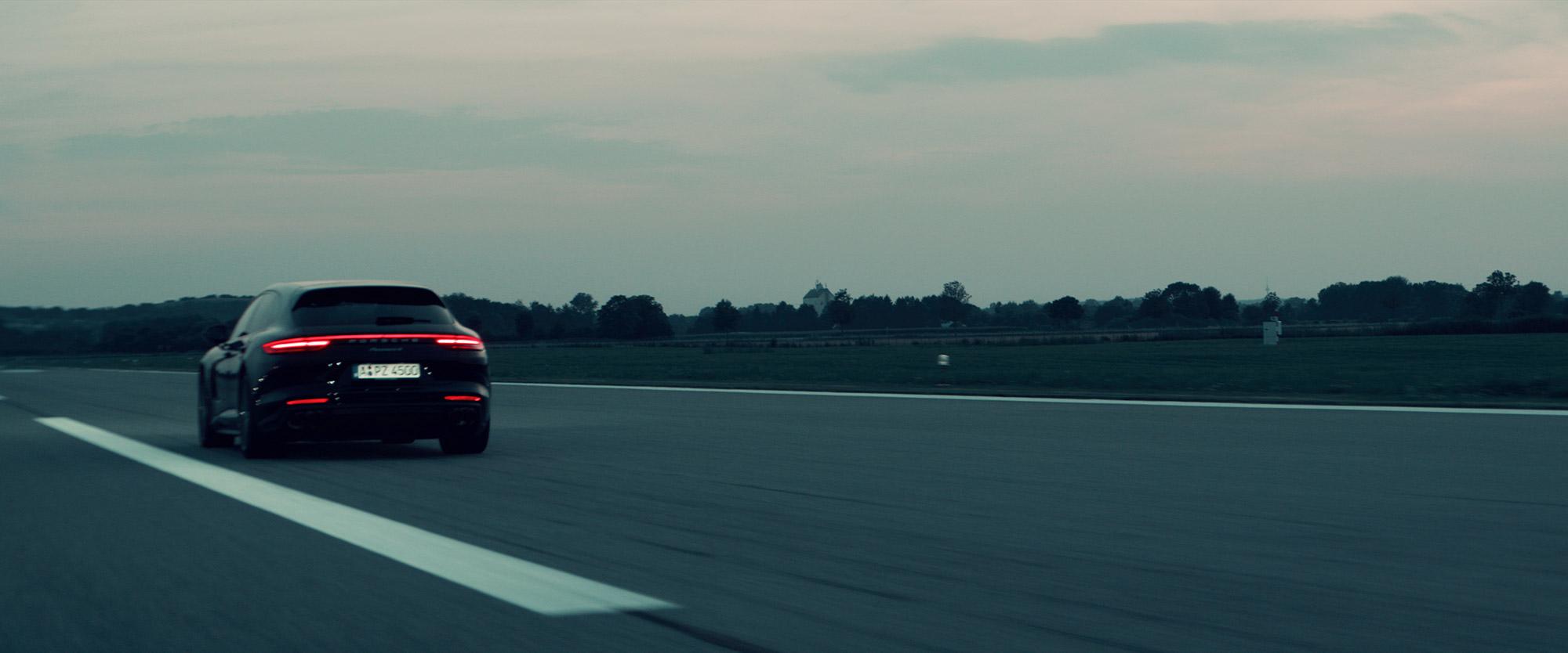 Porsche Panamera E-Hybrid Werbefilm Filmproduktion in Augsburg