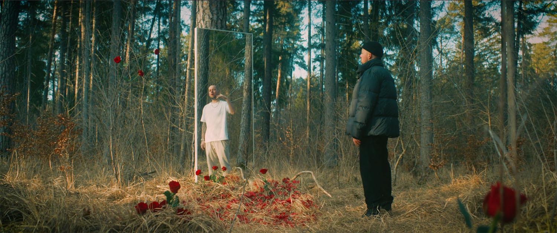 Rosengarten im Wald Musikvideo zum Lied Rosengarten
